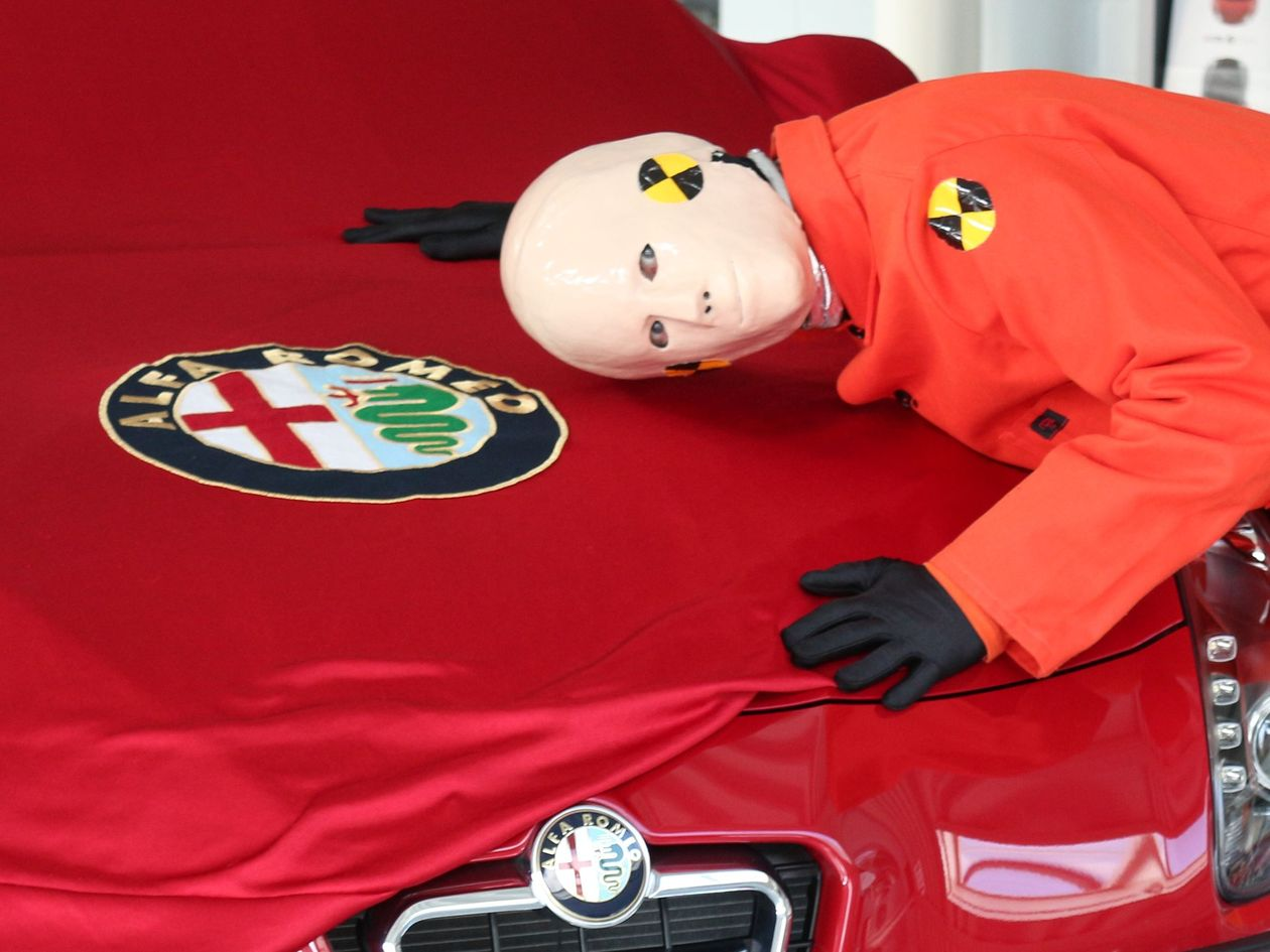 Crash Dummy Puppe, Alfa Romeo