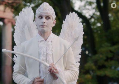 Schauspieler als lebende Statue.